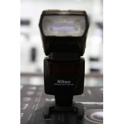 NIKON FLASH SPEEDLIGHT SB-700