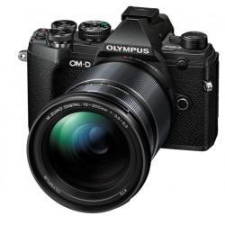 OLYMPUS OM-D E-M5 MARK III BLACK + 12-200MM